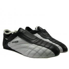 Teakwon-Do Schuhe in Schwarz/Weiß