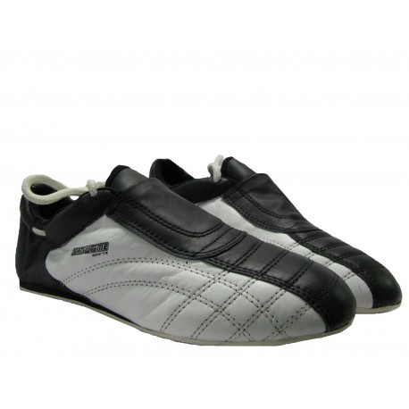 innovative design 9357a 14b45 Teakwon-Do Schuhe in Schwarz/Weiß - SXOWTIME Sports